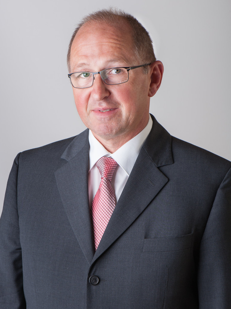 Dr. Alfred Hansel
