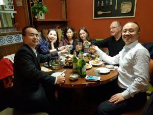 Traditionelles chinesisches Essen mit den Kollegen von GeneoDx